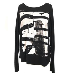 "Zara Basic ""Stay Free"" Long Sleeve Graphic T-Shirt"